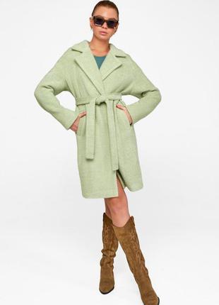 Демисезонное пальто монро на поясе короткое фисташковый