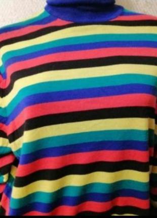 Фирменный брендовый свитер гольф