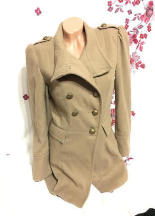 Горчичный цвет пальто ольстер тренч брендовый под кашемир
