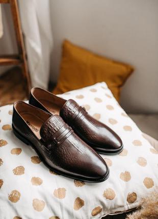 Стильные классические кожаные мужские туфли marriotti