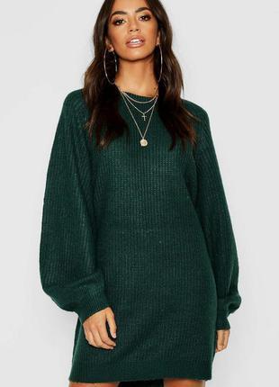 Красивле вязаное платье