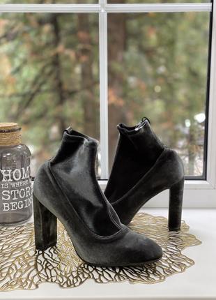 Aeyde italy бархатные фирменные ботинки чулки