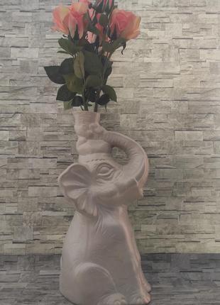 Красивая керамическая ваза