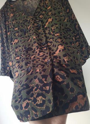 Стильна блуза великого розміру