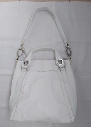 Шикарная кожаная сумка от швейцарского бренда navyboot.
