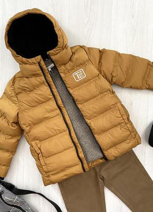 Горчичная демисезонная теплая куртка подкладка флис на мальчика piazza italia италия