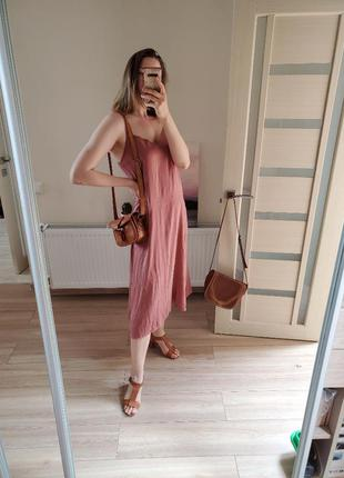 Платье на брытелях