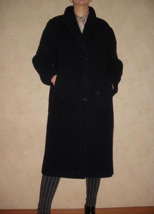 Натуральной шерсти демисезонное пальто
