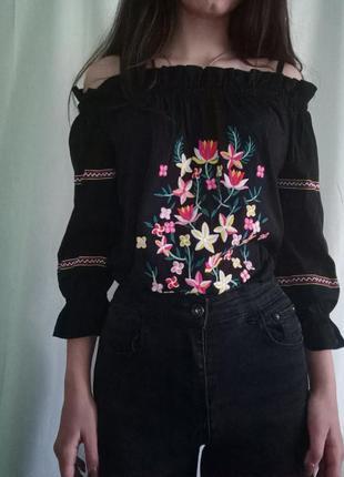 Вишиванка, блуза з вишивкою