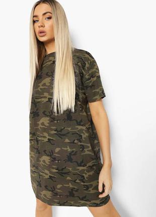 Камуфляжное платье-футболка  boohoo   камуфляж ⚫️  тонкая 💭  лёгкая 💭   короткая 💭