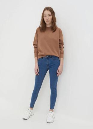 Синие голубые джинсы скинни со средней посадкой, штаны xs s sinsay s