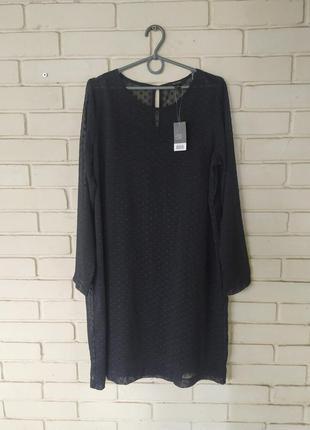 Платье размеры 14/42-44 и 18/46-48
