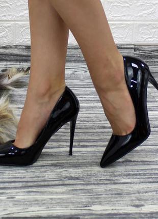 Классические лодочки туфли