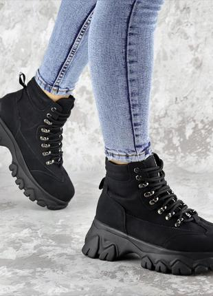 Ботинки ботфорты сапоги кроссовки деми