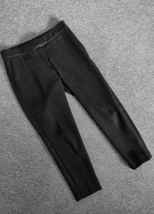 Якісні класичні вкорочені брюки з лампасами