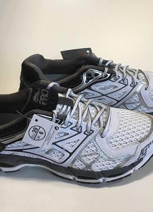 Классные кроссовки для занятий спортом