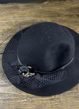 Шляпка фетровая с цветком bermona trend, черная