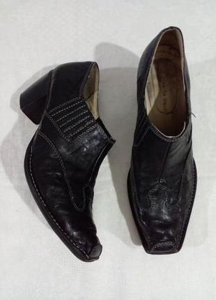 Туфлі козаки