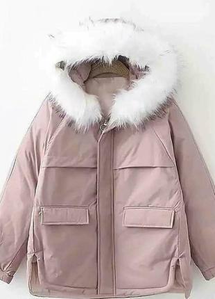 Стильна зимова куртка з капюшоном