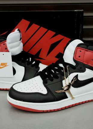 Nike jordan retro 1 кроссовки мужские бело черные с красными вставками кожа