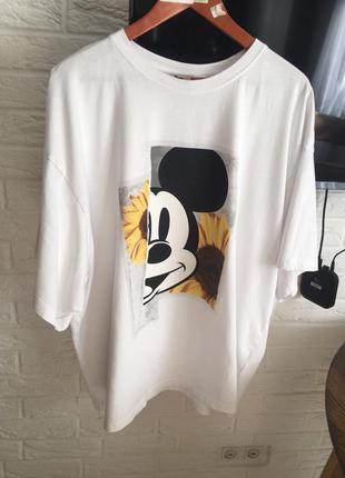 Белая футболка с микки