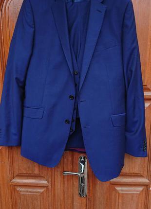 Брендовий фірмовий англійський шерстяний костюм трійка richard james,новий,розмір m.84% меріносова шерсь, 16% мохер.