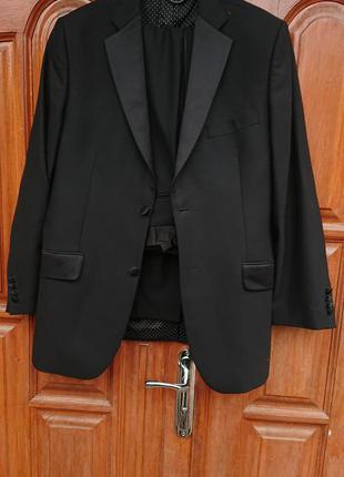 Брендовий фірмовий англійський шерстяний костюм ted baker,новий,розмір m-l. 100% меріносова шерсь
