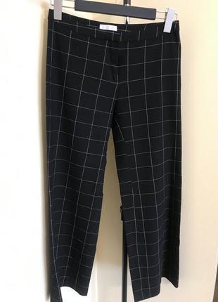 Штаны широкие стильные из тонкой ткани