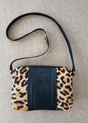 Кожаная сумка с леопардовым мехом пони