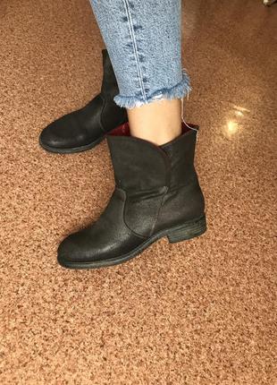 Натуральные ботинки замш кожа