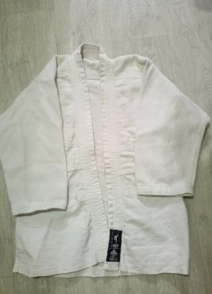 Кимоно и штаны для дзюдо