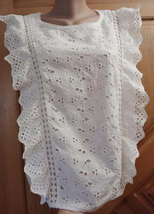 Шикарный топ,блуза с оборками,шитье