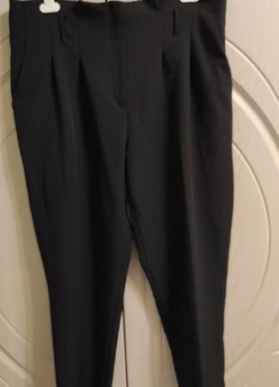 Плотные женские брюки с высокой посадкой