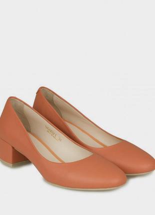 Туфли оранжевые кожаные braska 37 размер