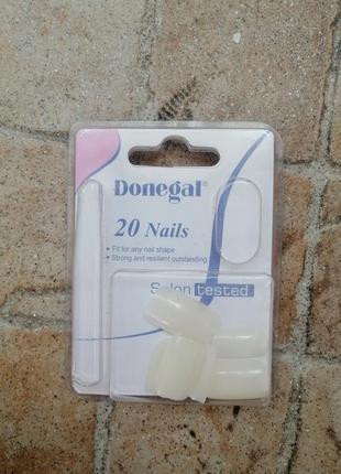 Накладные ногти, подарок к любой покупке.