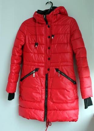Женская куртка холодная осень-теплая зима красная