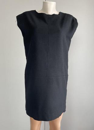 Теплое шерстяное платье.