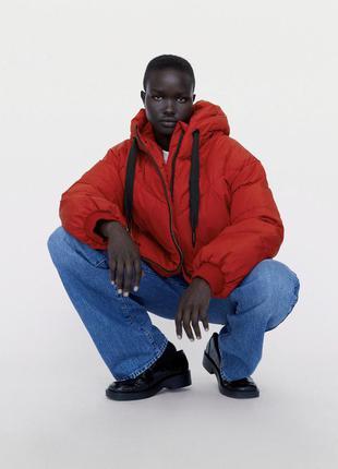 Zara красная куртка пуффер
