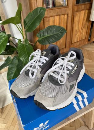 Adidas falcon кроссовки ee5106
