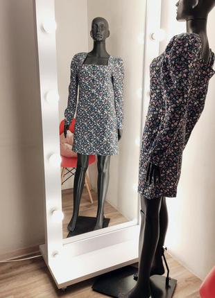 Нереальное новое платье на пуговицах в цветочный принт супер актального фасона &others stories💃