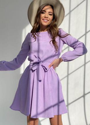 Красивое  платье с рукавом. вельветовое платье