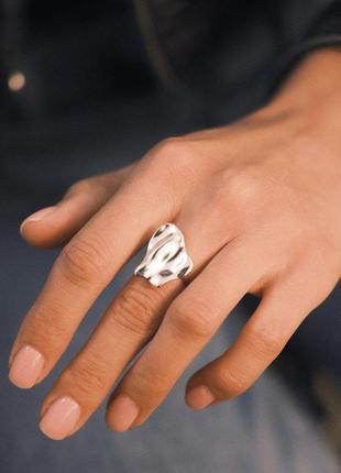 Кольцо серебро 925 жатый эффект