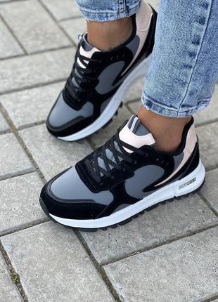 Женские кроссовки, серые кроссовки