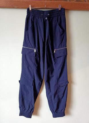 Брюки карго с карманами, штани