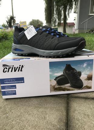 Трекинговые кроссовки waterproof
