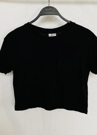 Чёрная короткая футболка h&m