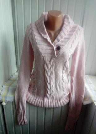 Брендовый  мягкий свитер джемпер