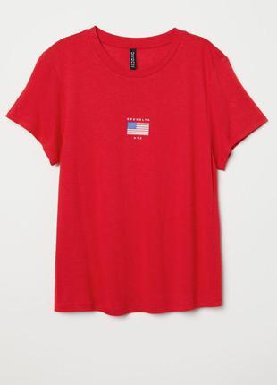 Красная женская футболка от h&m