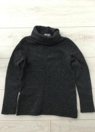 Кашемировый свитер с горловиной