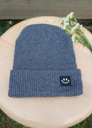 Модная вязаная шапка smile 13125
